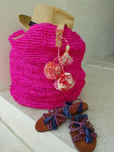Moos pinkpompombeachbag