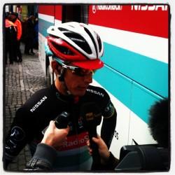 Andy Schleck (ici au départ de Liège-Bastogne-Liège 2012) estime que certaines descentes du Tour de France 2013 sont trop dangereuses.