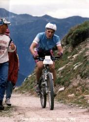 Votre serviteur dans la montée dur l'A Vieille lors du Grand Raid 1992 entre Verbier et Grimentz.