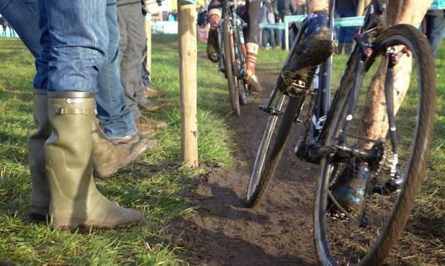 Hoogstraten, le cyclocross, la boue, la foule