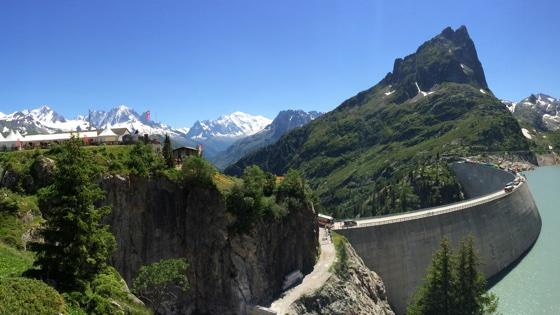 Après le Tour en Valais, apaiser la route pour séduire les touristes