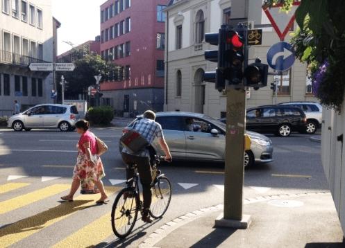 Des nuisances des pistes cyclables et autres âneries