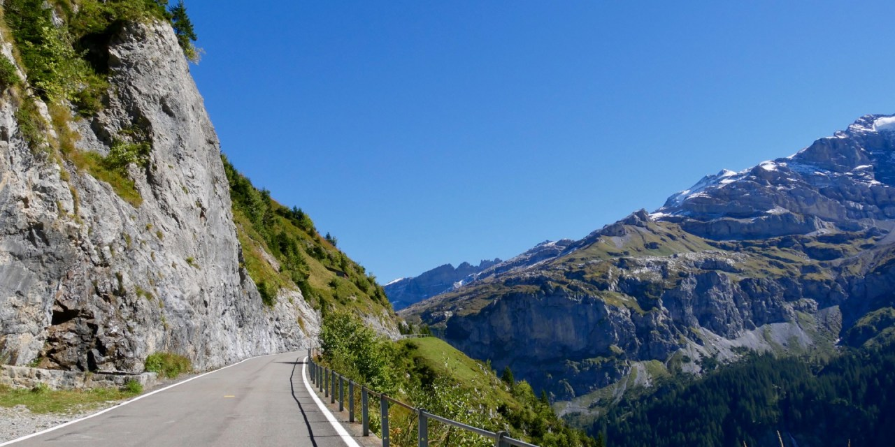 "Innerschweiz Gravel Tour: <span class=""pt_splitter pt_splitter-1"">Wassen - Glarus par le Klausen</span>"