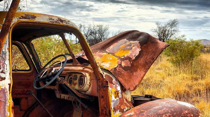 Old car Wittenoom Gorge WA