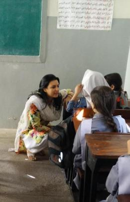 @sanakazmi Great fun storytelling with @AlizehIHaider at a govt school in Hijrat Colony #LeadingThroughTeaching 2
