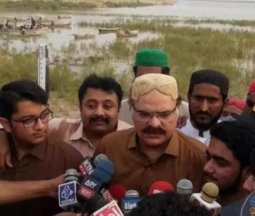 @Majid_Agha Good to see things moving in right direction Sindh Govt including CM & Ministers on ground to monitor #flood & #rain 4