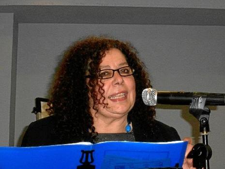 """Andrea Uña: """"La poesía es el hilo conductor de emociones, de compromiso, lucha y reivindicación"""""""