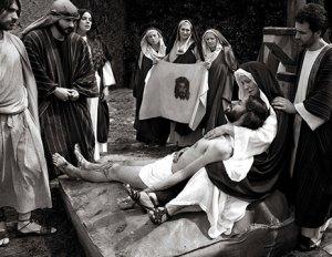 scena del Vía Crucis de 2014. FOTO: Asociación Vía Crucis de Balmaseda.