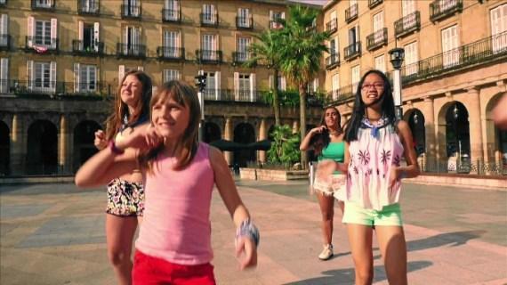 Los finalistas de la décima edición de 'Harrapazank' lanzan el videoclip 'Badator Marijaia'