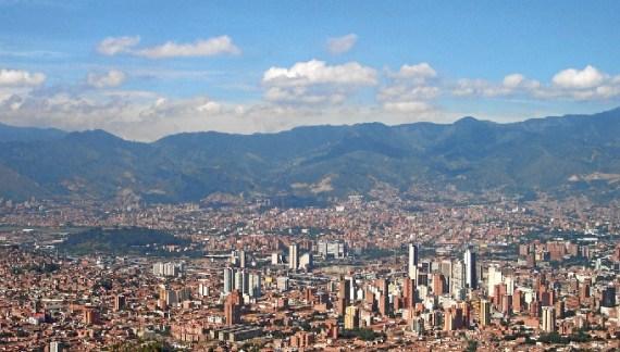 El alcalde de Bilbao participa en el Foro de Alcaldes y Ciudades del Mundo de Singapur