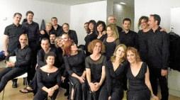 La banda de txistularis de Bilbao actuara mañana martes junto con el coro Bogoroditsie en el tradicional concierto de navidad