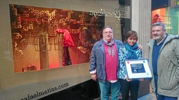 El Casco Viejo de Bilbao busca el escaparate más bonito de esta Navidad entre 21 comercios participantes