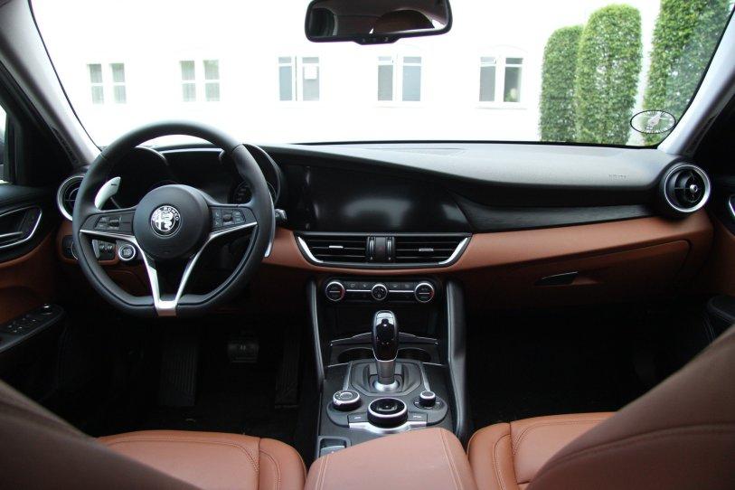 Alfa Romeo Giulia - Kabine