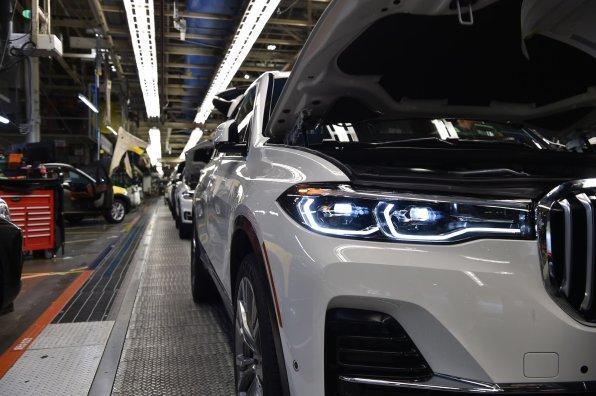 BMW X7_2