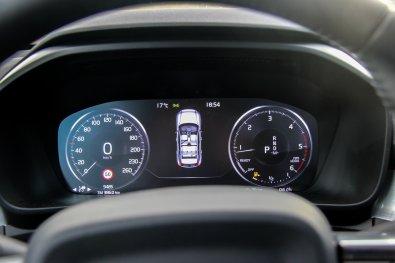 Volvo_XC40_5