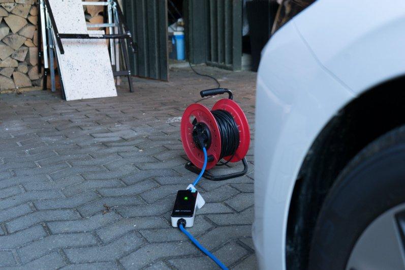 Hyundai_IONIQ_electric (1)