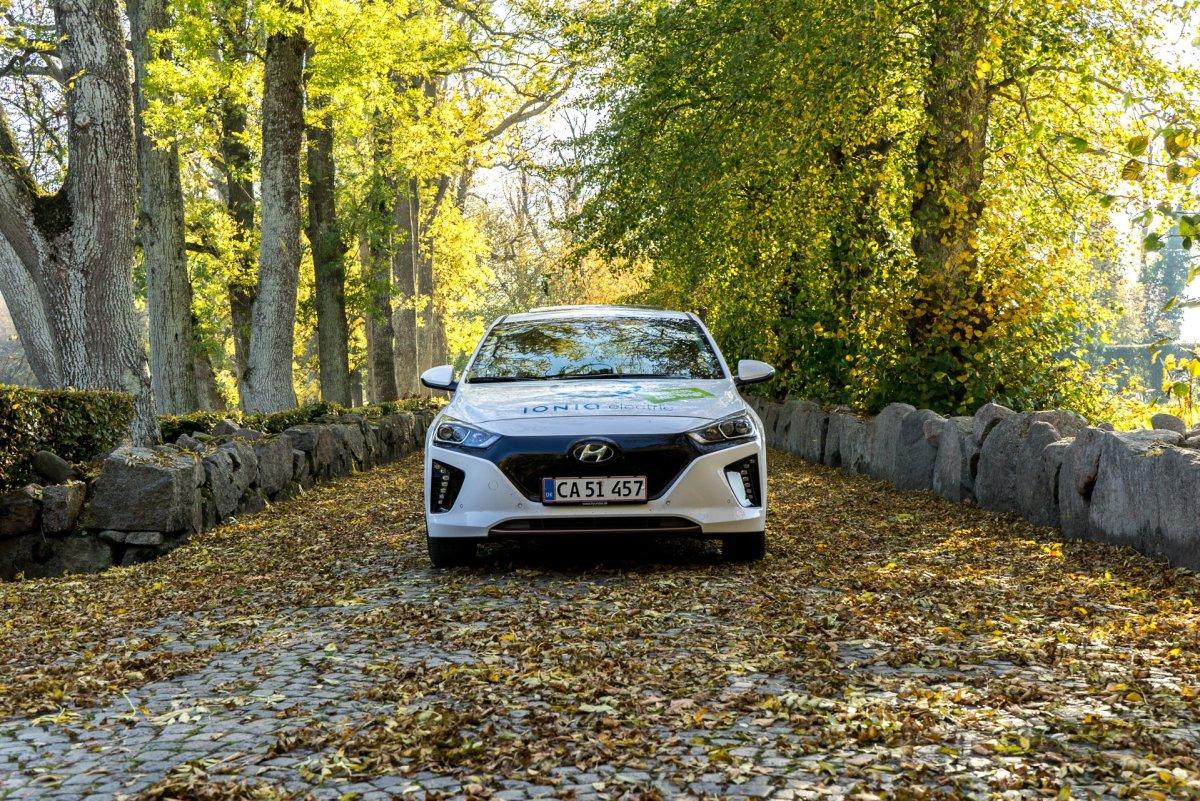 Hyundai_IONIQ_electric (48)