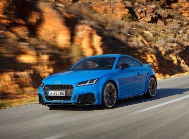 Audi TT RS Coupé i bevægelse