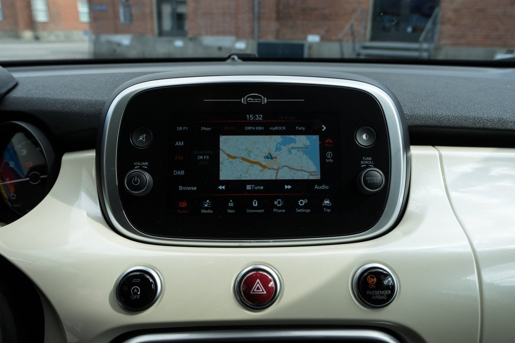 Fiat 500X City Cross infotainment forside