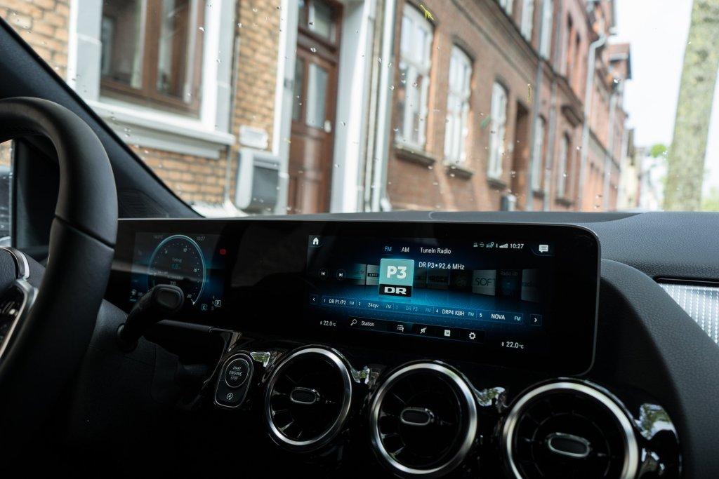 Mercedes-Benz B 180 radio
