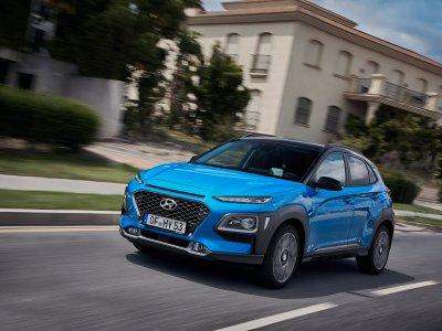 Kørende Hyundai KONA hybrid