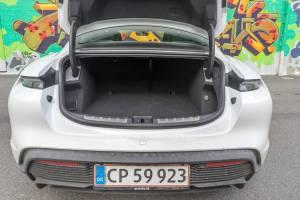 Porsche Taycan bagagerum