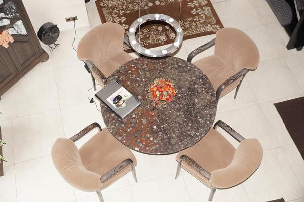 Ich biete 6 hochwertige Armlehnenstühle fürs Esszimmer ...