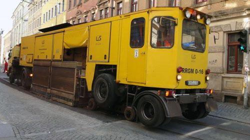 Schienenschleifwagen der DVB.