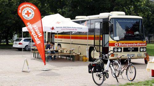 Blutspendestand auf dem Alaunplatz