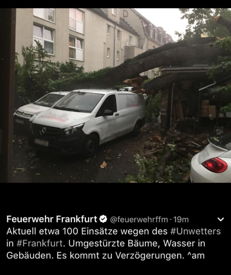 Die Feuerwehr twitterte über die Unwetter-Einsätze