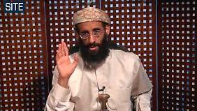 Anwar Awlaki in einem Video aus dem Jahr 2000.
