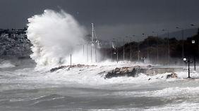 Der Sturm hatte sich bereits am Freitag angekündigt.