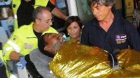 Über 130 Tote bei Kenterung: Flüchtlingskatastrophe schockiert Italien