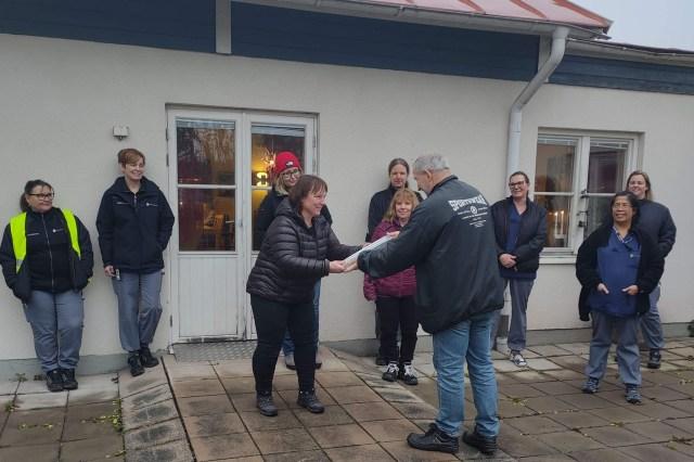 Äldreomsorgen i Österfärnebo blev Årets sockenbo.