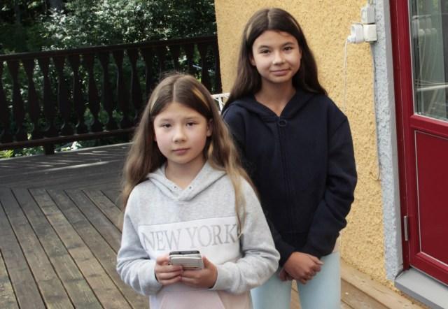 Alicia och Linnéa tyckte att branden var hemsk. På förmiddagen mådde de dock lite bättre.