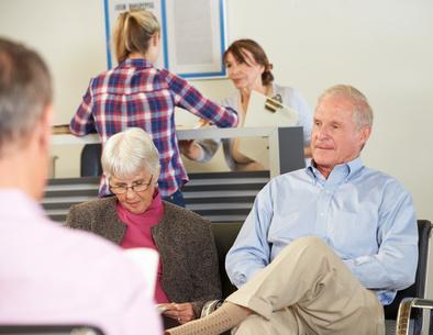 Kaufmännisches und medizinisches Grundwissen ist für Arzthelfer unerlässlich. © Monkey Business - Fotolia.com