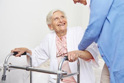 Altenpflege -ein schwerer, aber erfüllender Job. © Robert Kneschke - Fotolia.com