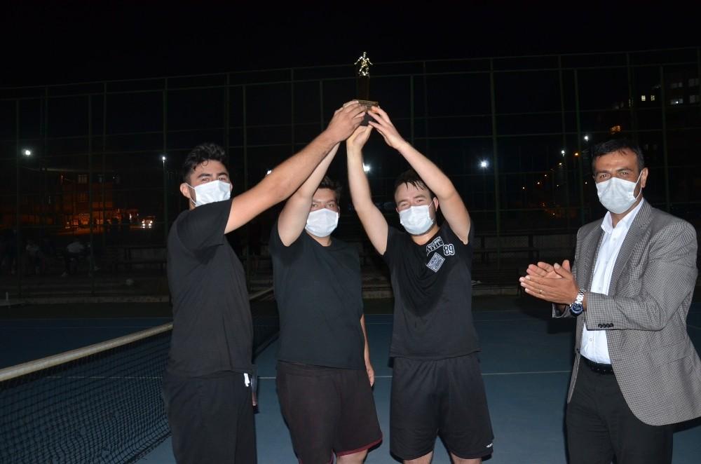 30 Ağustos Ayak Tenisi Turnuvası sona erdi
