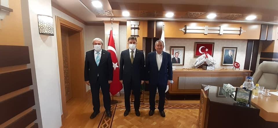 Başkan Şahin'den Genel Müdür Poyraz'a ziyaret