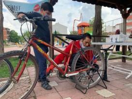 (ÖZEL) 400 çocuk artık rahat rahat bisiklet binebilecek