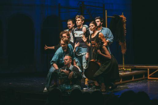 Купить билеты на Ромео и Джульетта в театр Джигарханяна