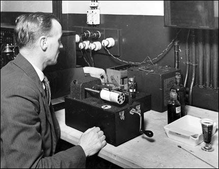20. yüzyılın başlarında radyo yayını