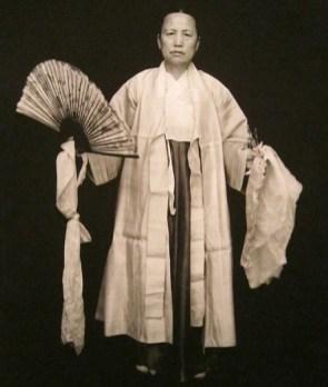 mudang-1930s-07b-600_orig