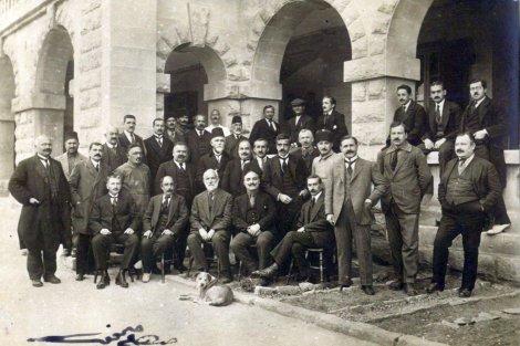 Teceddüt Fırkası - Malta Sürgünleri