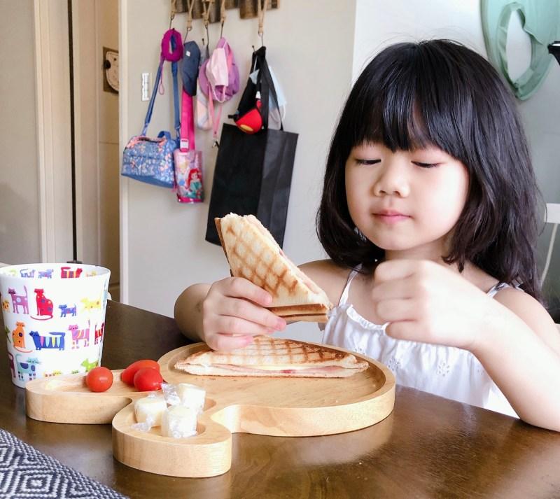 營養滿分,製作容易的磚壓起司火腿三明治