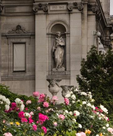 Hotel de Ville rose garden