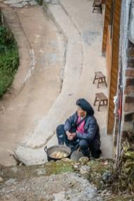 waiting-longj-china