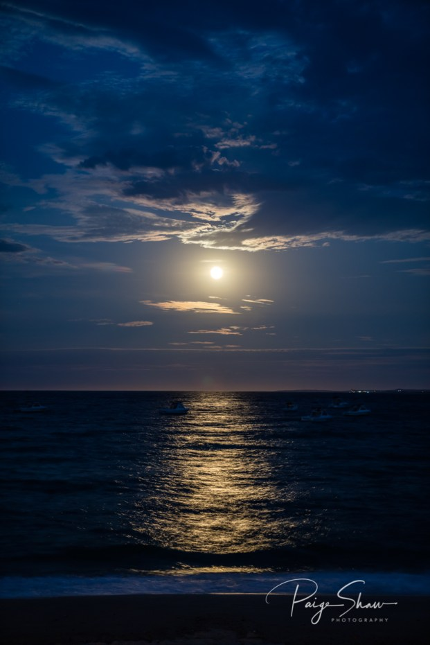baja-moonrise-sea-cortez