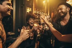 Menu Bar sportif L'Ardoise Pub, Billard et à Mascouche Golf intérieur