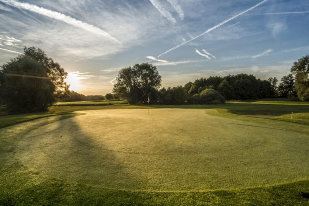 Simulateurs de golf intérieur Mascouche Terrebonne Lanaudière